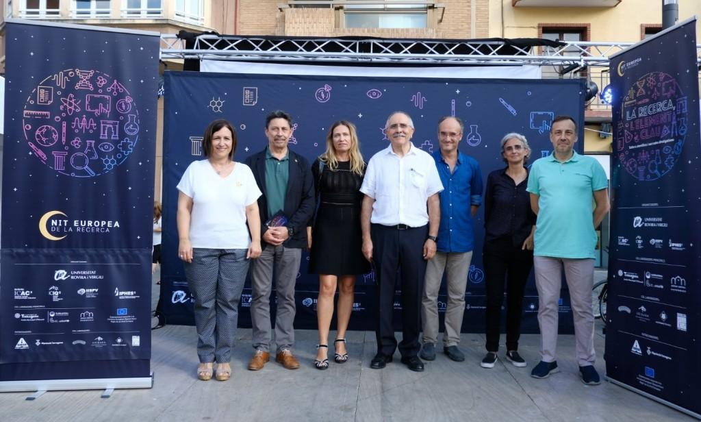 Representants de les institucions participants : URV (coordinadora) IISPV, ICIQ, ICAC i IPHES (coorganitzadors) i l'Ajuntament de Tarragona i la Diputació de Tarragona, col·laboradors principals de l'esdeveniment. Foto: URV