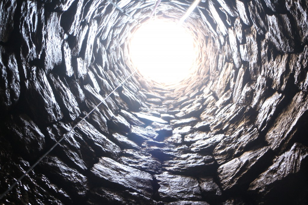 Vista de l'interior del pou (@ Equip Iesso)