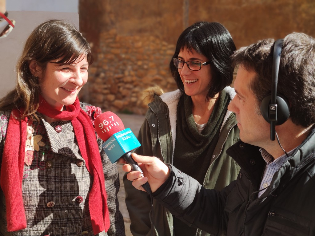 Alex Livarda (esquerra) amb Lídia Colominas i Pep Sunyé durant la gravació del programa (© ICAC)